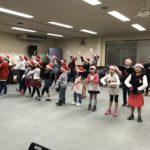 クリスマスミニコンサートに向けて練習してます!